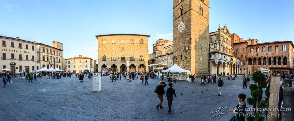 Piazza del Duomo Pistoia - Scoprire l'Ingegneria